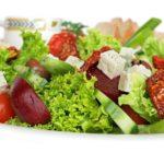 Ποια συστατικά είναι εκείνα που θα κάνουν τη σαλάτα σας πιο πλήρη