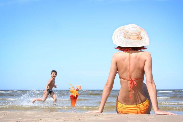 Πώς να προστατέψετε το δέρμα σας το καλοκαίρι
